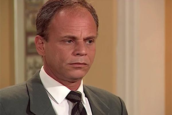 Delegado em várias novelas, ator Roberto Lopes morre no Rio de Janeiro - TV História